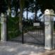 Algemene begraafplaats toegangshek Huizinge - ontwerper onbekend